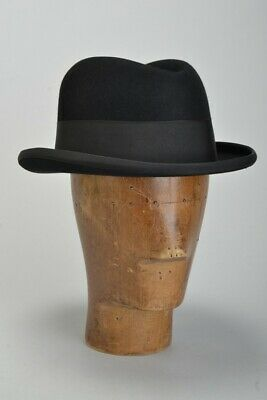 City Gentleman's Lock & Co of London 1950s' Immaculate s7 1/8 Homburg Hat.  PZB