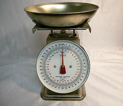 Yamato Commercial Food Svc. Portion Scale 40 lb x 2 oz 18 kg Temp Compensated