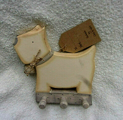 New Westie Plaque with Pegs to Hang Leads