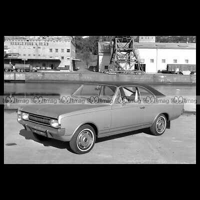 #pha.025328 Photo OPEL COMMODORE COUPE A 1967-1972 Car Auto