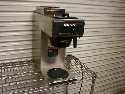 BUNN Vp17-2 Compact Two Burner Pourover Coffee Brewer works great