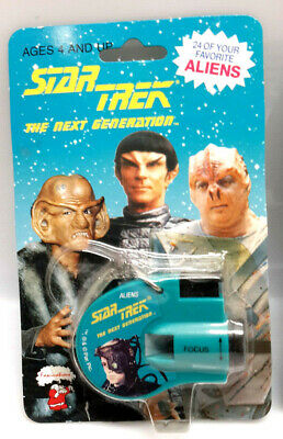 """1993 Star Trek Next Generation """"ALIENS"""" Click Viewer w 24 Images on Cards"""