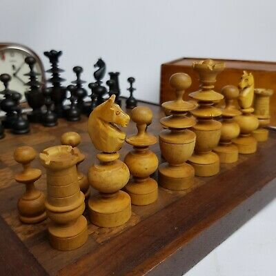 LOVELY VINTAGE FRENCH Regency Style Chess Set Boxwood Pieces Men Large With  Box