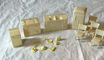 18 Pc Vintage Doll House Marx Kitchen Appliances Furniture Accessories
