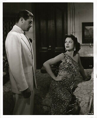 Hedy Lamarr, John Hodiak ~ ORIGINAL 1950 scene still... A Lady Without Passport