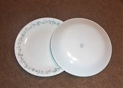 """Set of 4 Vintage Corelle Country Cottage Hearts 10 1/4"""" Dinner Plates"""