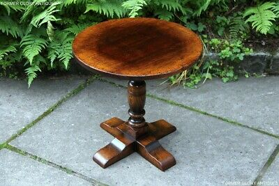 Titchmarsh & Goodwin Oak Wine Side Coffee Occasional Pillar Table Armchair Stand