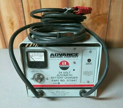Advance 24 Volt Automatic Battery Charger Model 11810 Part No. 372947