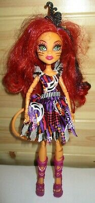 Monster High Toy Freak Du Chic Toralei Daughter of a Werecat Deluxe Fashion Doll