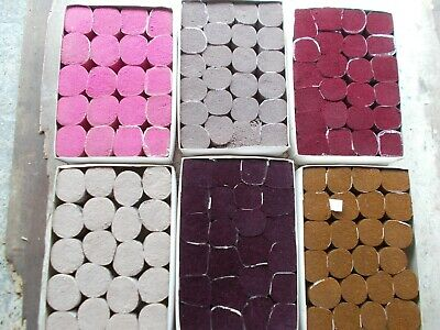 """Latch Hook/Rug Wool """"Assorted colours"""" 137 balls New - 100 %Wool by Sirdar"""