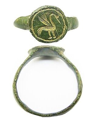 14th-15th century Excavated Medieval bronze signet ring of a wise Heron Size 11