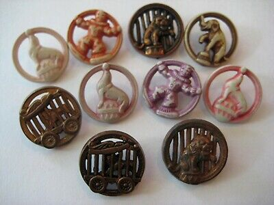 VINTAGE Plastic Goofy~Realistic NOVELTY BUTTON Lot 1940's-50's CIRCUS Theme