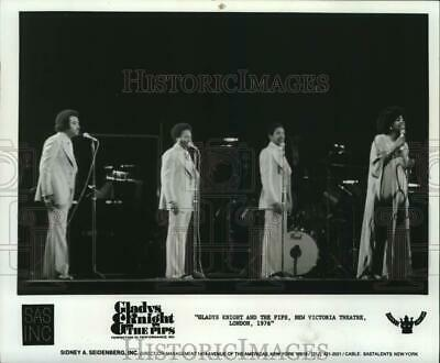 1976 Press Photo Gladys Knight and the Pips, New Victoria Theatre, London