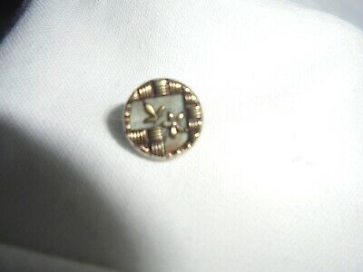 Antique Victorian oriental   mother of pearl dress stud / button