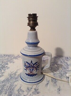 Vintage French Pigeon Style Porcelain Table Lamp (3821)