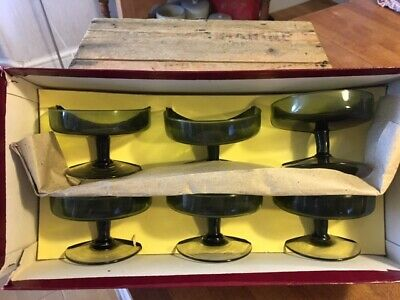 Vintage Set 6 Green Glass Sundae / Dessert Dishes – Original Box – Retro! –