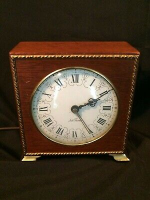 1950 Seth Thomas POISE Electric Desk Clock Mahogany Case w Brass Feet Works Well