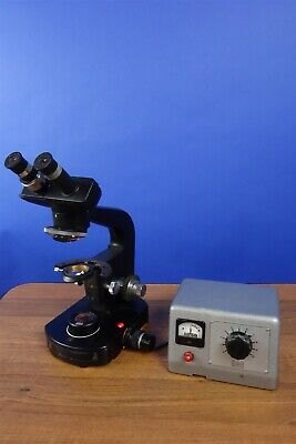 Wild Heerbrug Microscope in Good condition With Transformer
