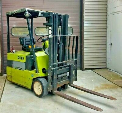 Clark TM15 Electric Forklift 3000 Lbs Pneumatic/Cushion Tires