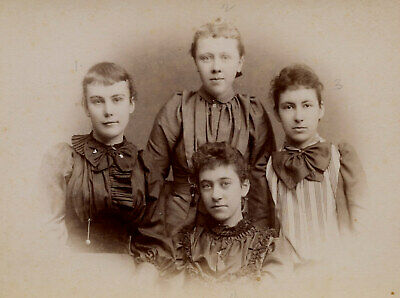 Antique Photo Cabinet Card GROUP OF YOUNG GIRLS TEEN FASHION SHERMAN PUTNAM CT