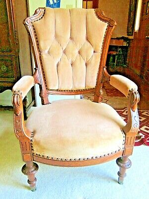 Vintage  French Louis Xv Style Armchairs, Carved .