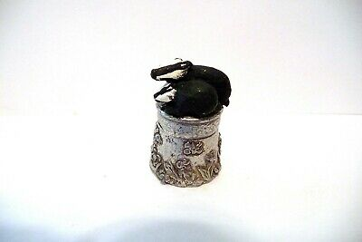 Thimble 2-Pc Pewter Stephen Frost Handpainted Topper Of Badger & Her Kit/Cub