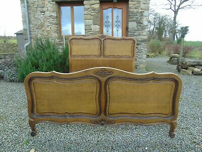French Bed Double Bed Vintage Antique Capitonne Style Carved Wooden Delightful