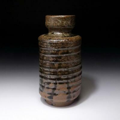 EE12: Vintage Japanese Pottery Vase, Tanba ware, Height 7.2 inches