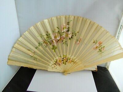 Good Quality Antique Hand Painted  Hand Fan (Lot 2)