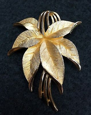 Vintage SIGNED CROWN TRIFARI Two Tone Gold Pin/Brooch - GREAT CONDITION