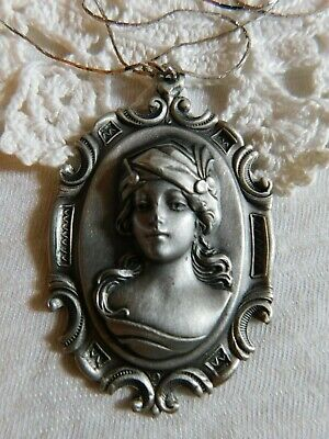Vintage Pewter Large Cameo Pendant Necklace Signed Gold n' Things