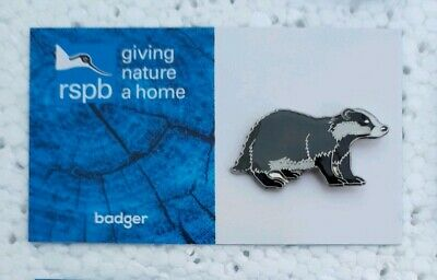 RSPB BADGER charity pin badge GNAH BRAND NEW DESIGN CARD