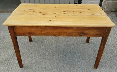 A Rustic Pine Scrubbed Table 19th Century