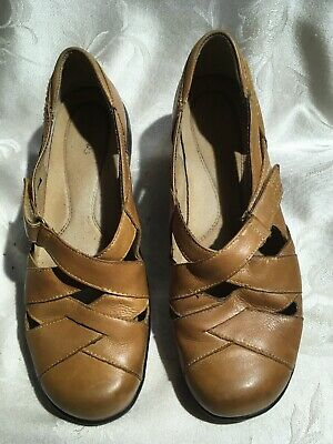 Clarks Women's Light Brown Leather Slip On'S Size 9