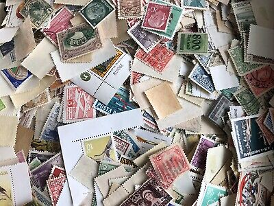 1000 Off Paper World Wide Stamp Lot