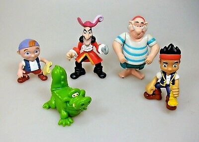 5 Figuren Jake und die Nimmerlandpiraten Sammelfiguren Set Disney Play Set
