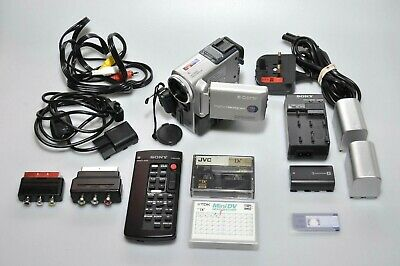 Sony DCR-PC5E Mini DV Digital Tape Camcorder Kit in Case - Excellent