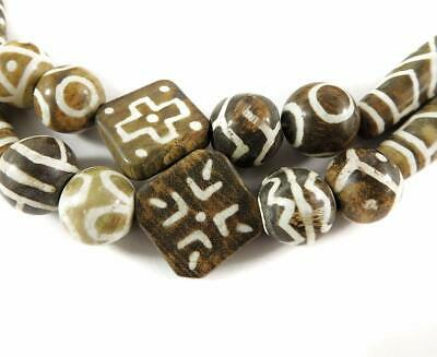 Pumtek Beads Round Flat and Cylinders Nepal 32 Inch