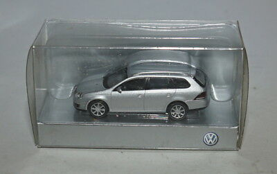 Wiking VW Golf Estate in Argento in (H0, 1:87) Scala