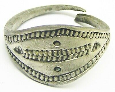 9th - 10th century AD ancient Scandinavian Viking silver lozengiform finger ring