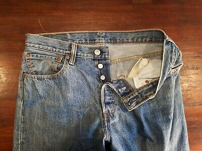 "Vintage Mens Levis 501 Jeans. Grade A Used. W: 29""/ 74 cms I.L: 34""/ 87 cms"