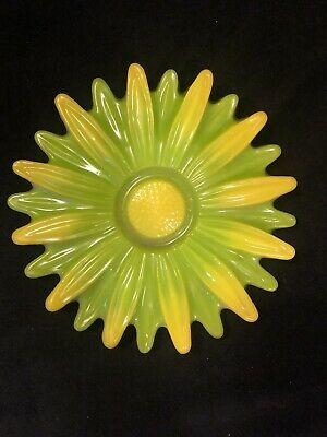 Vintage Green & Yellow Acrylic Lucite MCM Daisy Flower Trivet Wall Hanging