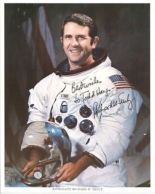 Richard Truly NASA Astronaut Signed 8x10 Photo - BAS Beckett COA