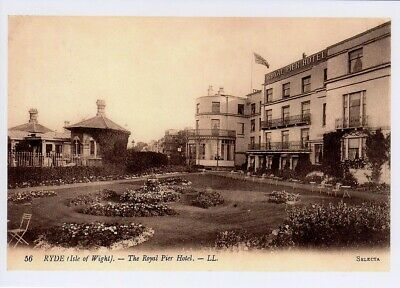 (av80) Isle of Wight Ryde The Royal Pier Hotel Copy of a Postcard