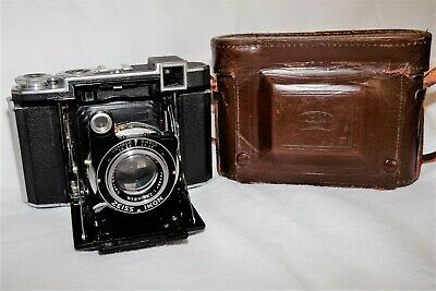 ZEISS SUPER IKONTA (532/16) 11 ON 120 FOLDING CAMERA AND CASE (F2.8 LENS c1938)