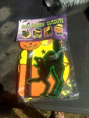 Vintage PACKAGED RETRO Styled BEISTLE Repro HALLOWEEN DECORATIONS Die-cut outs