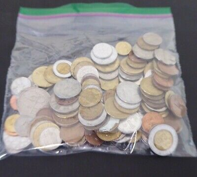 500 g Lot of world coins a bit over 1 pound