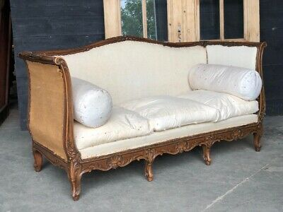 French Walnut Settee, Couch, Sofa Or Day Bed, Circa 1870. Upholstered.