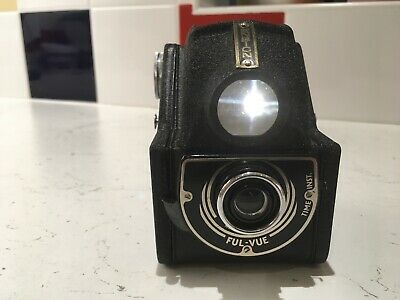 VINTAGE ENSIGN FUL-VUE CAMERA circa 1950. Black with beautifully bright glass.