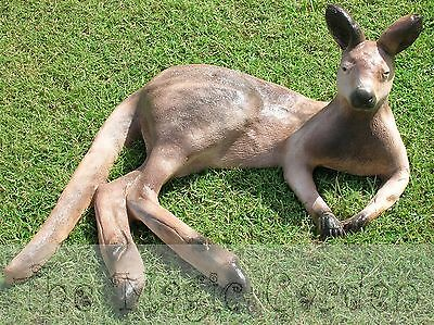 Lifesize kangaroo wallaby cement concrete garden ornament latex moulds molds